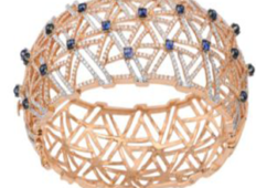 Diamond Ct: 4.86 cts Colour stones:2.65 gms
