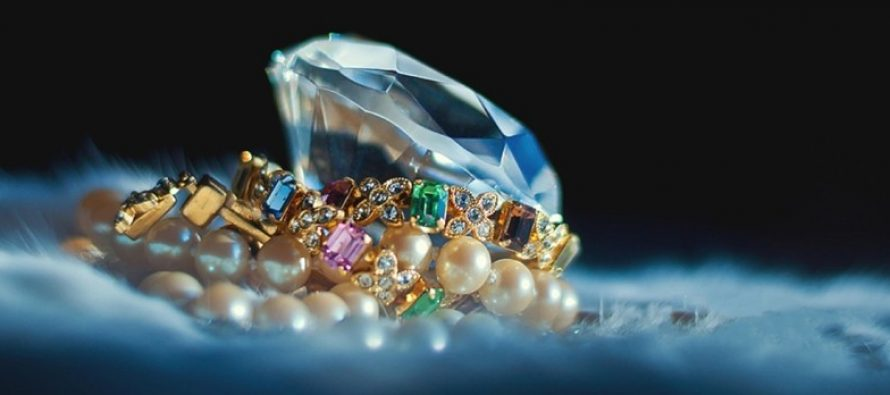 FPIs find a gem in Niravgate-hit jewellery sector, and it's not Jhunjhunwala's Titan!