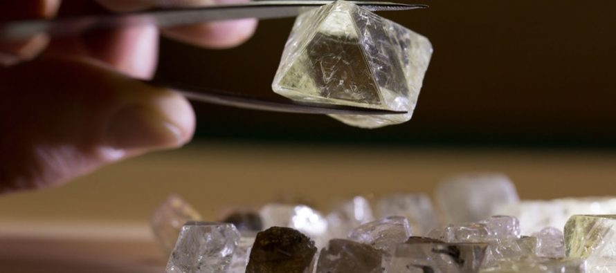 Alrosa nets $14.8m in Vladivostok large diamond auction