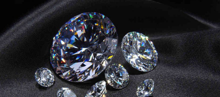 Vummidi Bangaru Jewellers holds event to create awareness on counterfeit diamonds