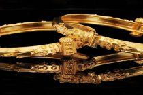 Pre-Dhanteras high prices, cash crunch take sheen off gold this season