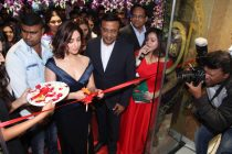 Reliance Jewels unveils its Flagship showroom in Thane