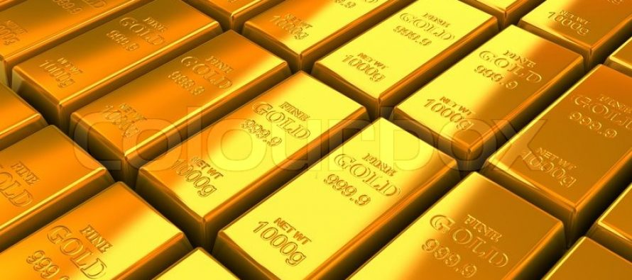 Gold Edges Lower as Improved Risk Sentiment Dents Safe-Haven Demand