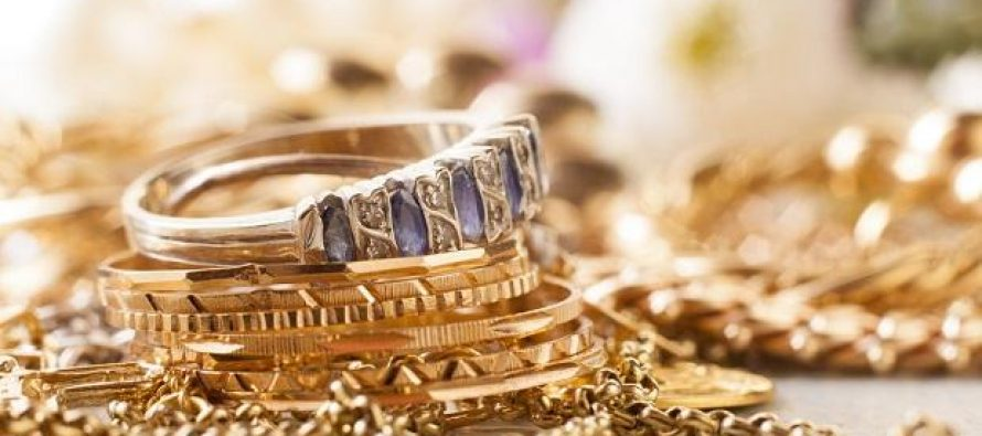Gems and jewellery exports plummet in May due to trade war, money crunch