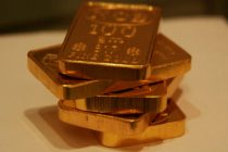 Gold rush heats up as sub-zero yields spread