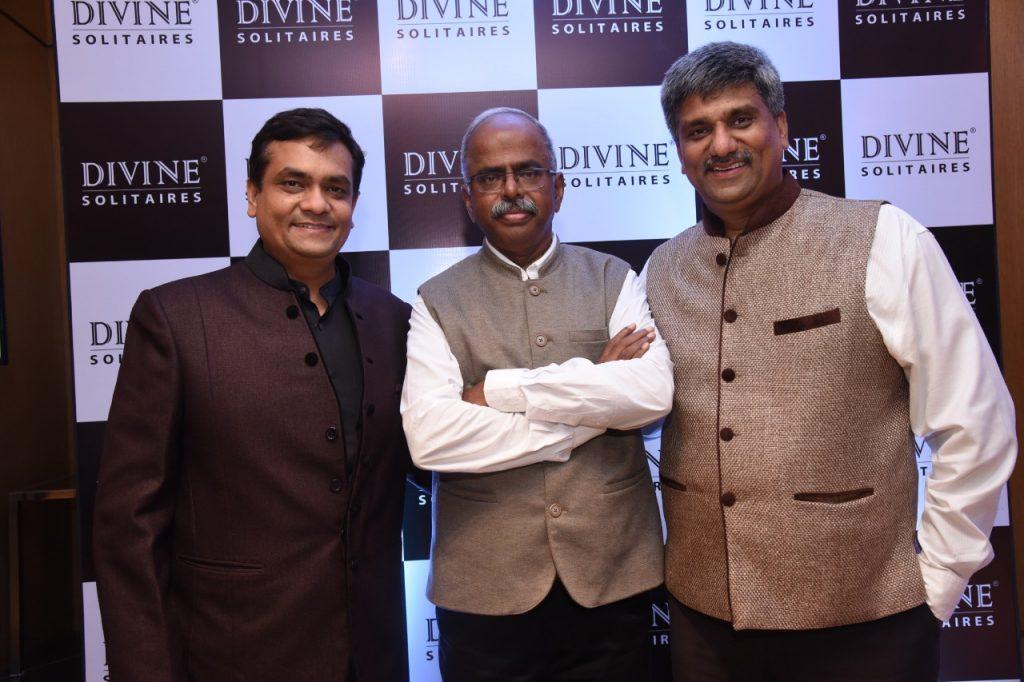 (L-R) - Mr Jignesh Mehta, Dr. Velumani & Mr Shailen Mehta