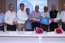 Gems and Jewellery National Relief Foundation and Bharat Diamond Bourse donates 2 vans to Roti Bank