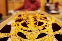Jewellery stocks shine despite rise in gold prices; PC Jeweller jumps 9%