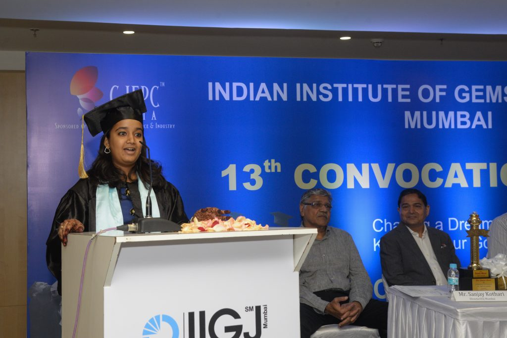 IIGJ Chairman's trophy winner Ms. Swati Mour sharing her great journey with IIGJ.