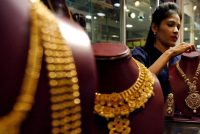 Both fundamental and technical factors favouring gold on long side