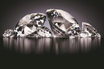 De Beers sees retail diamond sales returning to 70-80 per cent of pre-COVID level by October-November