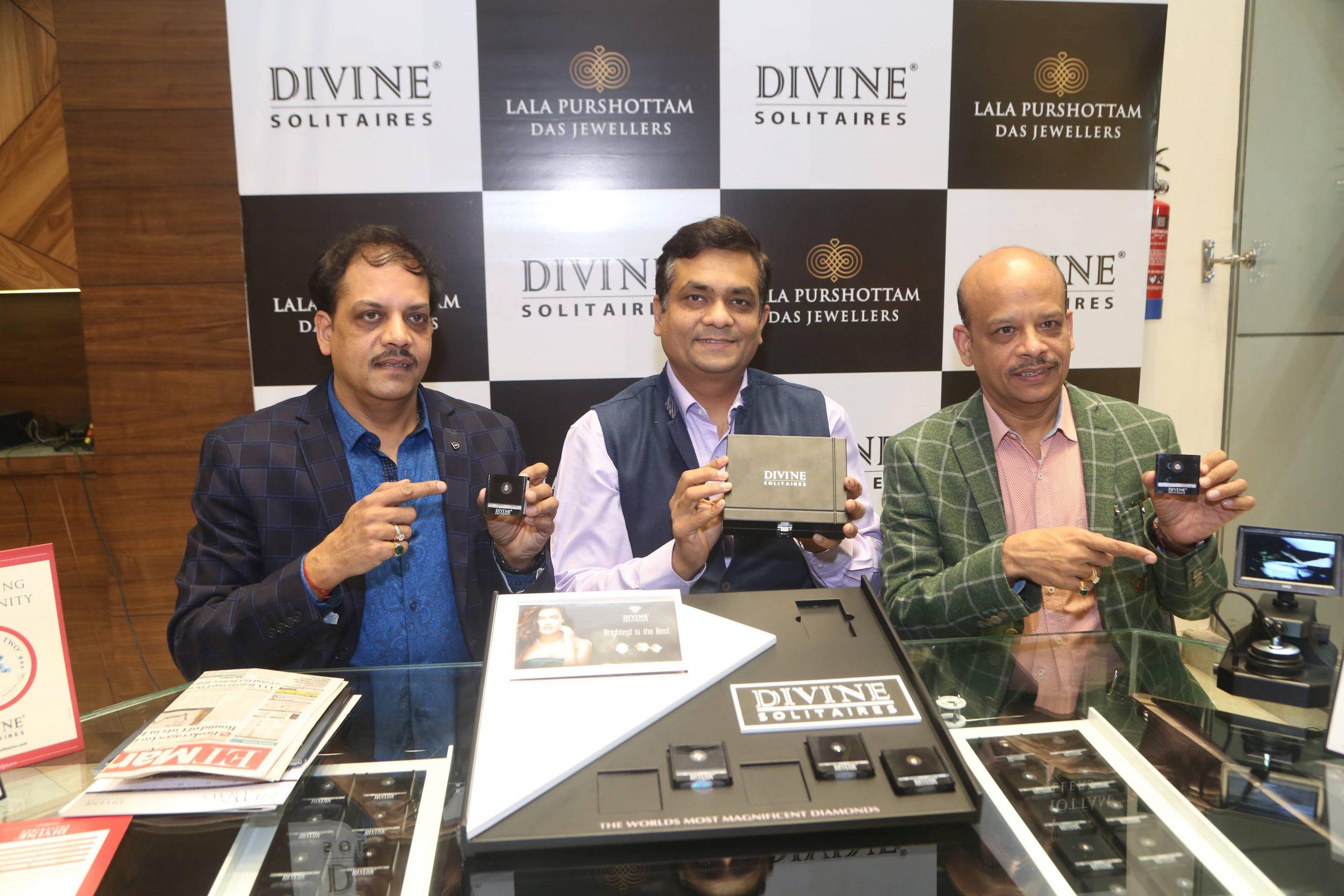 From LtoR - Mr. Vivek Gupta, Director Lala Purshottam Das Jewellers, Mr. Jignesh Mehta, Founder & MD Divine Solitaires, Mr. Rajesh Gupta, Director Lala Purshottam Das Jewellers