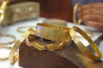 Gold may zoom to Rs 82,000 per 10 gm by end 2021: Analysts
