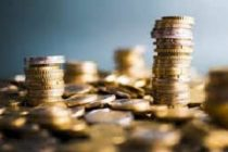 Indians buy electronic gold despite volatile price