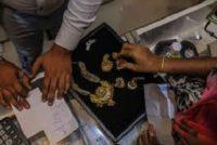 Gold's Slump Boosts Indian Buying Ahead of Wedding Season